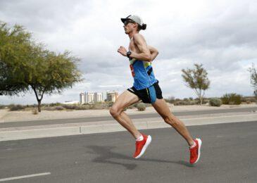 Jim Walmsley se queda a sólo 11 segundos de batir el récord del mundo de los 100km